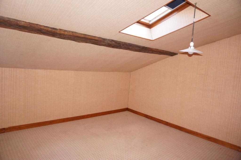 Maison Baugé-en-anjou 8 pièces 152.6 m2