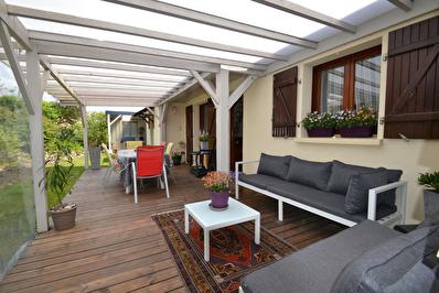 Maison 4 chambres dont 2 au RDC sur Baune, jardin de 1360 m2 !