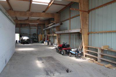 Terrain a Seiches sur le loir de 1900m2 avec hangar et garage