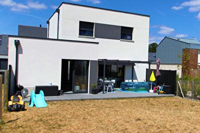 Maison proche de St Sylvain d'Anjou 135 m2