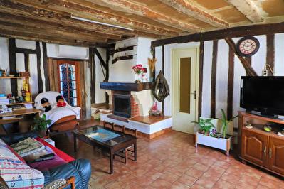 Maison Soulaire Et Bourg, 3 chambres, jardinet!