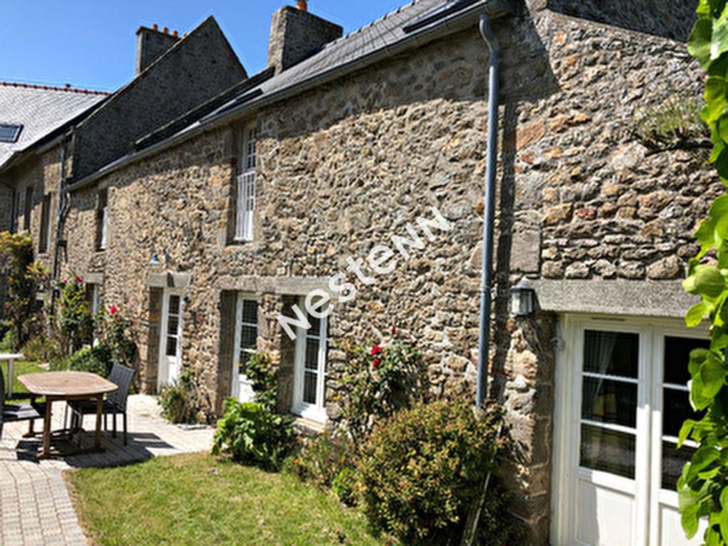 Maison type longere en pierre a Saint Malo