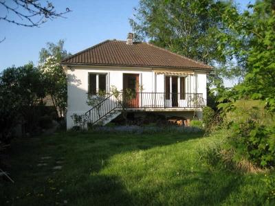 maison LES CLAYES SOUS BOIS - 3 pieces - 67 m2