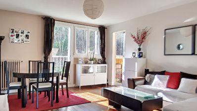 Appartement ST CYR L ECOLE - 3 pieces - 64 m2