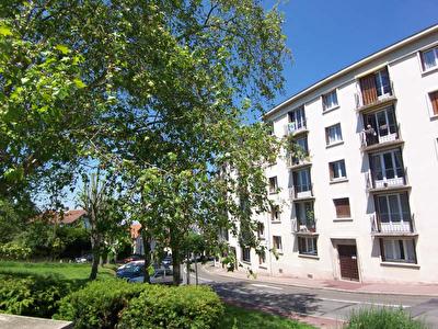 Appartement ST CYR L ECOLE - 4 pieces - 71,52 m2