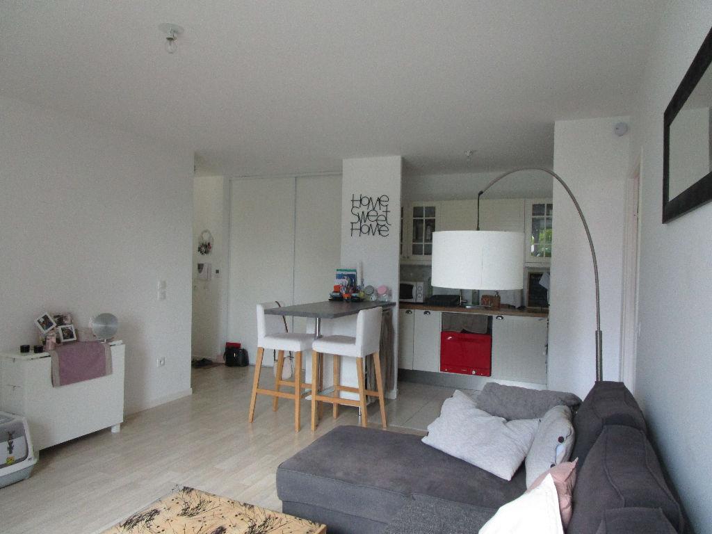 photos n°1 Appartement Plaisir 2 pièce(s) 48.99 m2