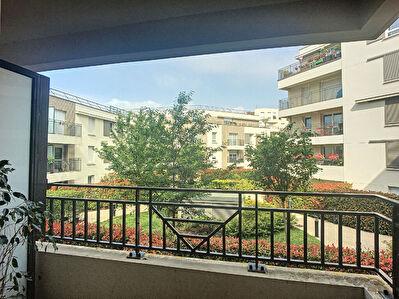 Appartement Fontenay Le Fleury 3 pieces 58 m2