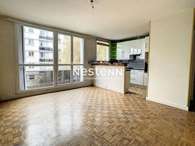 Appartement Fontenay-le-Fleury 4 pieces 70 m2