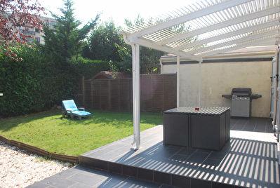 Maison Les Clayes Sous Bois 6 pieces 110 m2