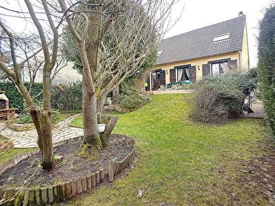 Maison individuelle Bois D'arcy 4 chambres sur sous-sol totale