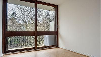 Appartement 3/4 pieces a Fontenay le Fleury
