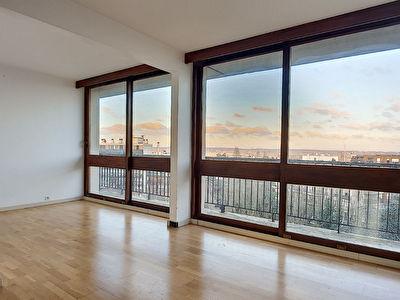 Appartement 6 pieces 92m2 Fontenay-le-Fleury