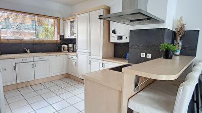 Maison  5 pieces 96.70 m2
