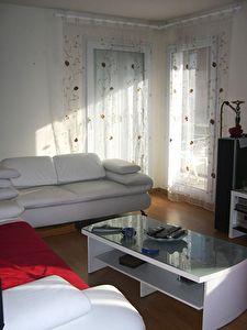 Appartement ELANCOURT - 3 pieces - 66.8 m2