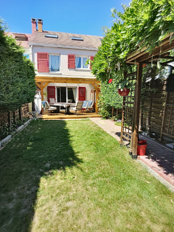 photos n°1 Vente d'une maison F5 à ELANCOURT (La clef saint Pierre)