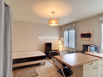 Appartement Saint Cyr L'Ecole 1 piece 24,70 m2
