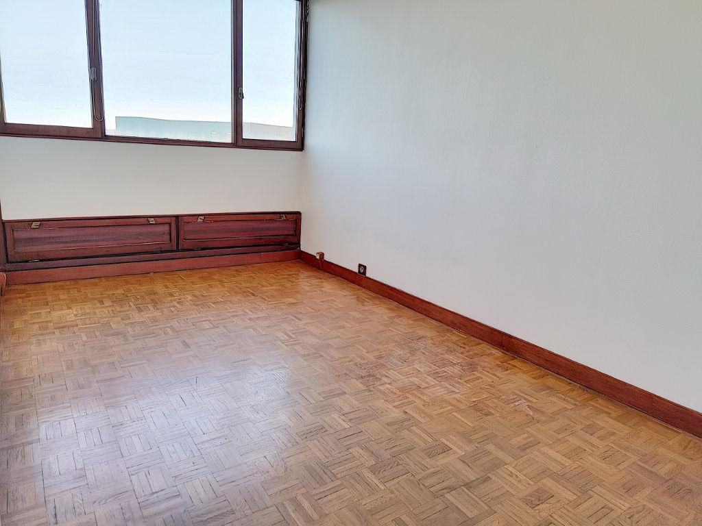 Appartement ST CYR L ECOLE - 3 pièce(s) - 68 m2
