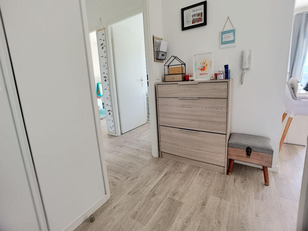 Appartement Bois D'arcy 3 pièces avec jardin !