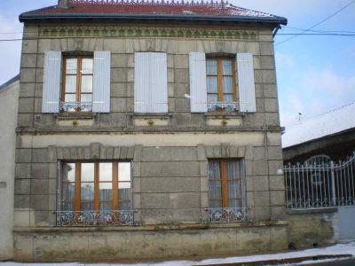 maison MARINES - 6 pieces - 135 m2