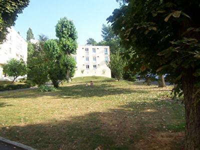 APPARTEMENT BOUGIVAL - 3 pieces - 55 m2