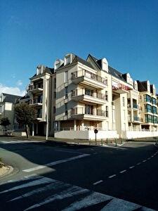 Appartement Les Sables d'Olonne 3 pieces 76 m2 ascenseur terrasse garage proche commerces et mer