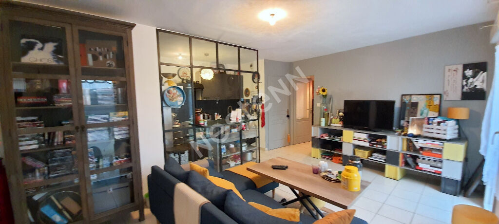 Appartement Olonne sur mer  2 pièces  45.83 m² cour parking proche toutes commodités