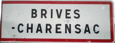 TERRAIN CONSTRUCTIBLE BRIVES CHARENSAC - 692 m2