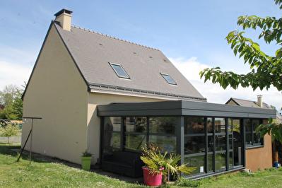 Maison Soulaire Et Bourg 6 pieces 115 m2