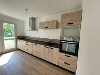 Appartement type 3 renove a Angers Sud