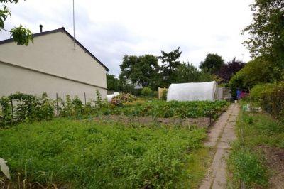 Terrain constructible, borne sur St Barthelemy D' Anjou 380 m2