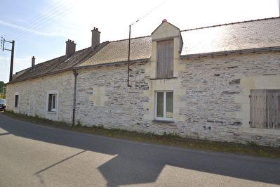 Maison ancienne a renover a 10 minutes d'Angers sur 1000m2 de terrain expose sud