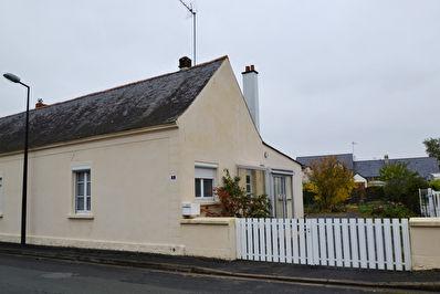 Maison ancienne Plain pied St Sylvain D Anjou  91 m2, jardin, dependance, garage !