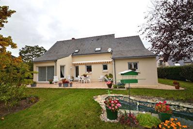 Maison 4 chambres Saint Sylvain D Anjou 153m2, jardin, garage !