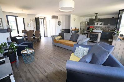 Maison Pellouailles-Les-Vignes, Grande piece de vie, 5 chambres, jardin