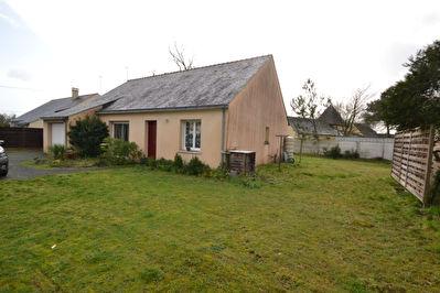 Maison de plain pied total a Corne 3 chambres, garage, jardin 856 m2 !