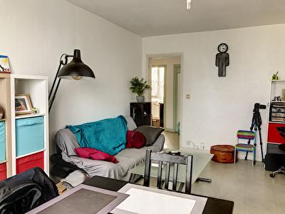 EXCLUSIVITE NESTENN - Appartement de 52m - Une chambre - Dernier etage