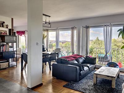 EXCLUSIVITE NESTENN - Appartement T5 de 98m2 - 3 chambres - KERYADO - BALCON