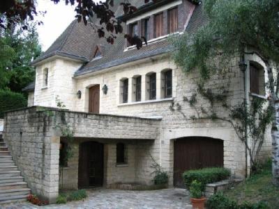 CORMEILLES EN PARISIS - 6 pieces - 188 m2