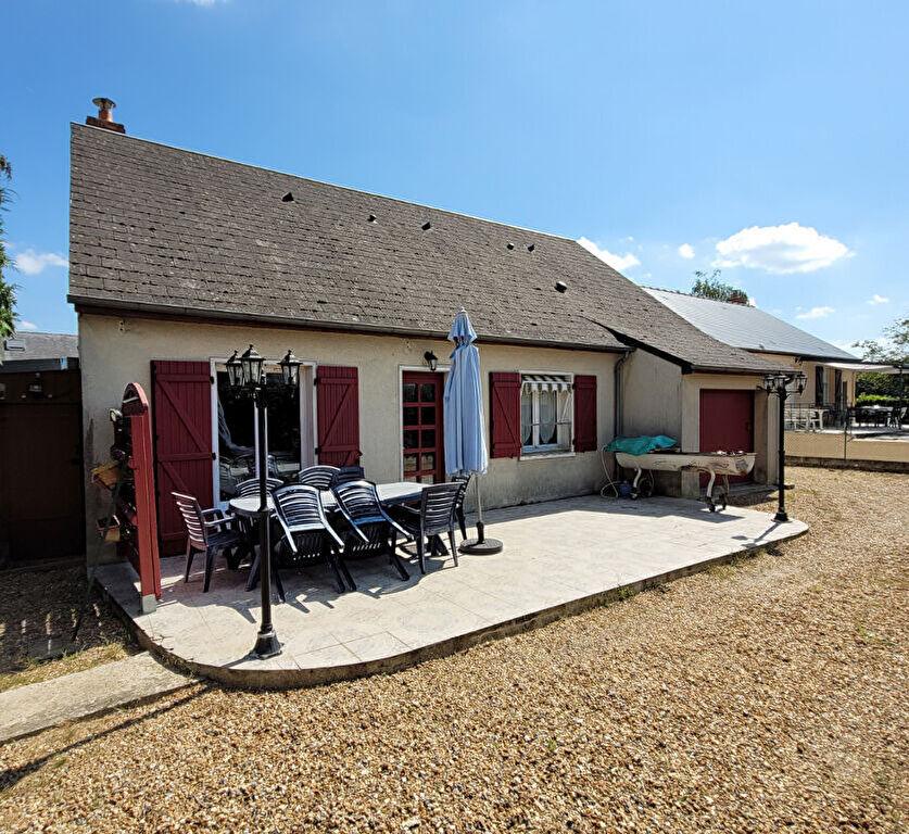 Maison plain-pied à Château-du-Loir proche centre ville
