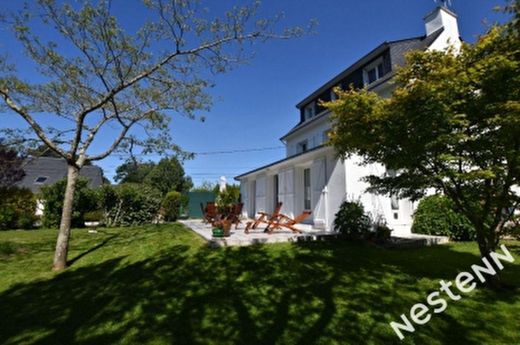 Maison a Carnac - grands volumes - beau jardin au calme