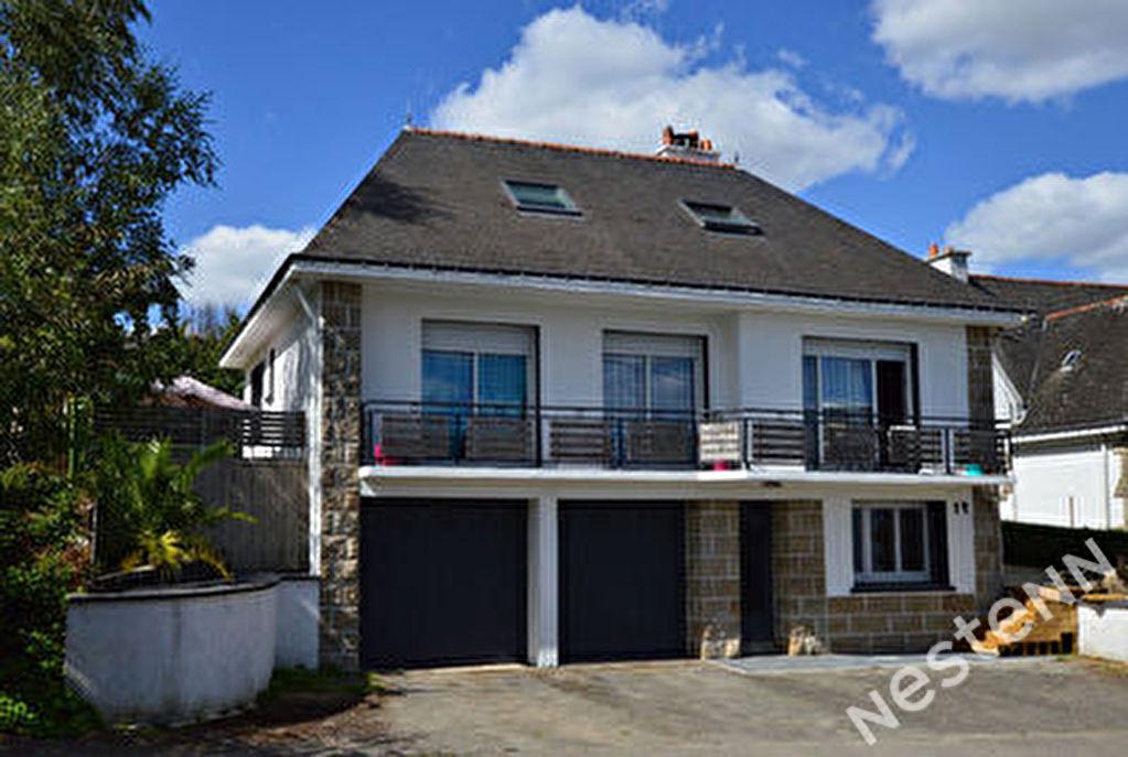 Maison a vendre dans le centre de Baud