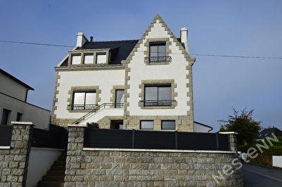 Maison a vendre en plein centre de Pluvigner