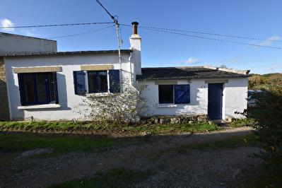 Maison de 40 m2 avec 2 chambres, a environ 1 km de la plage du Men Du