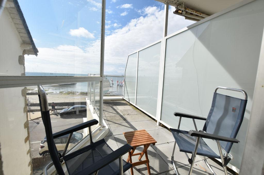 Appartement T2 vue mer, plage et yacht club à proximité immédiate