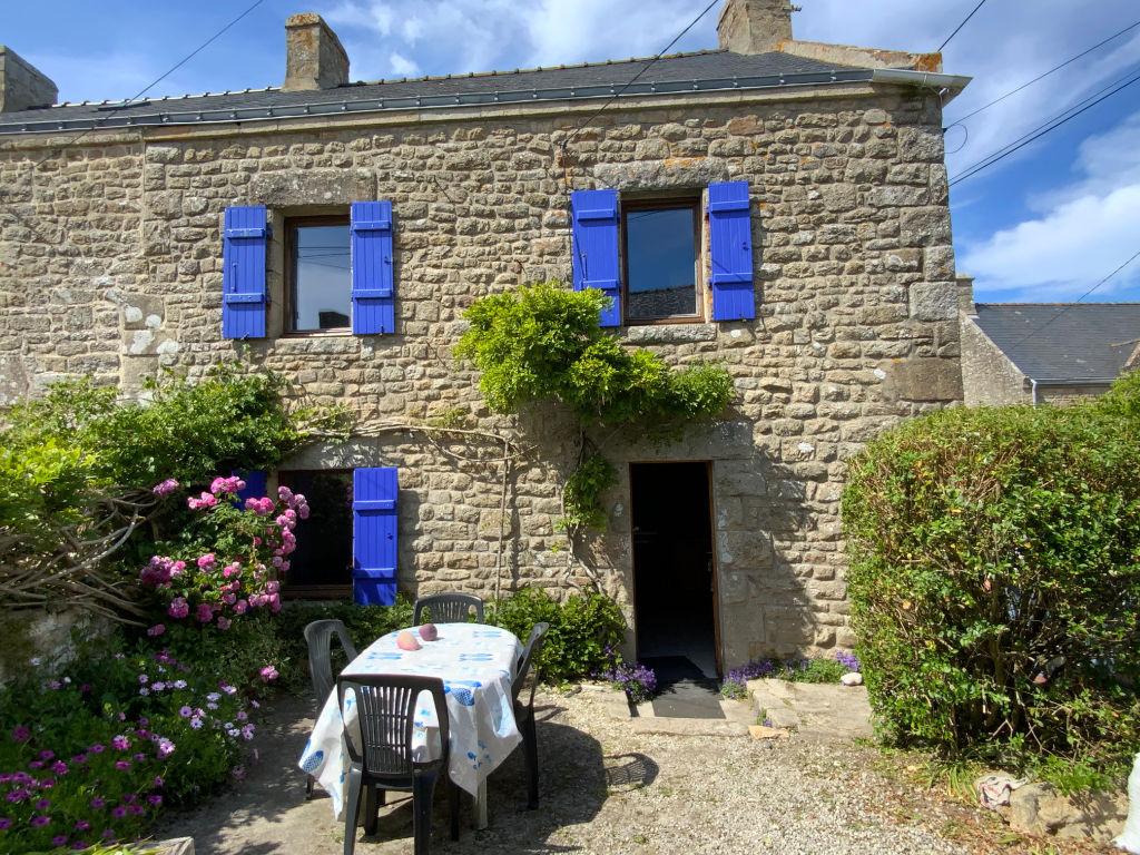 Maison en pierre au coeur du charmant bourg de Plouharnel