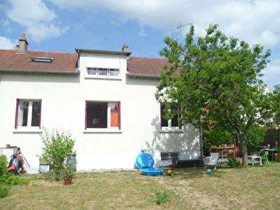 Maison T7 FLEURY LES AUBRAIS - 7 pieces - 131,85 m2