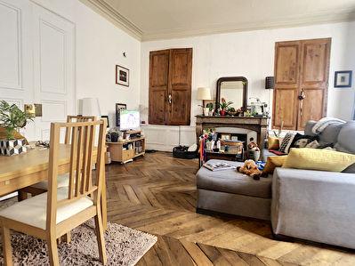 SECTEUR RUE BANNIER - RUE BOEUF ST PATERNE - Superbe Appartement T2 de 62m2 - style HAUSSMANNIEN
