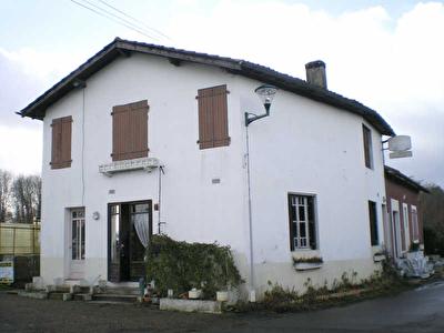 MAISON DE BOURG LE LEUY - 4 pieces - 140 m2
