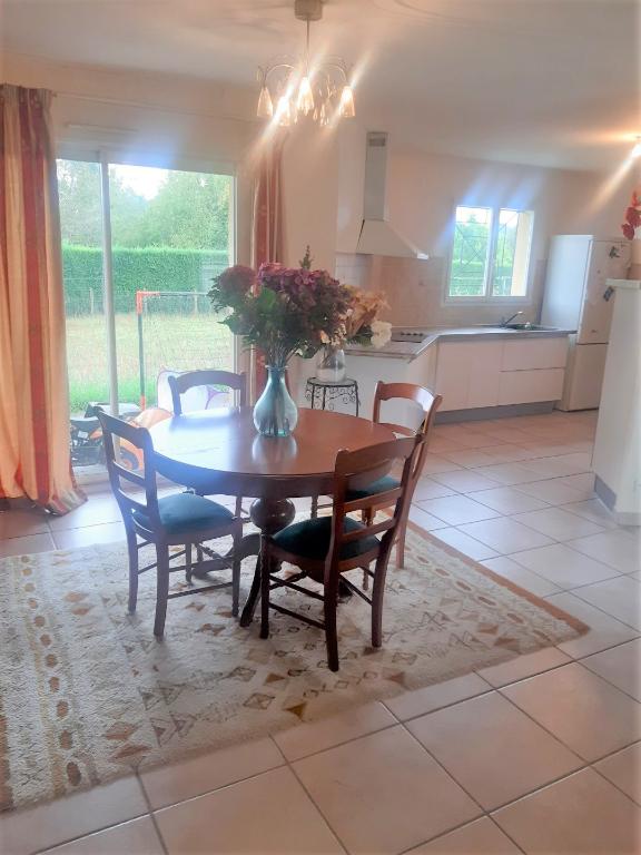 A VENDRE Maison contemporaine 13kms de MONT DE MARSAN (Lucbardez Et Bargues) 4 chambres garage