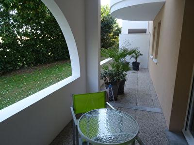 Appartement T3 avec Terrasse + 2 places de Parking + Cave